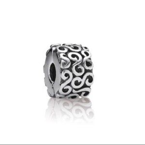 ✨ Pandora Swirl Clip Charm